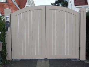 Houten poort gesloten boogknokke (1)